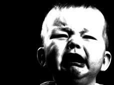 """悲劇、突然身体が炎上する赤ん坊!! """"人体発火現象""""に苦しむラウルちゃんがニュースに"""