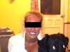 【心霊写真】背後に立つ不気味な少女がくっきり!! 専門家も唸る