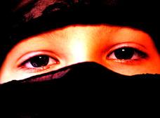 """【イラン】レイプされ続けた16歳の少女が絞首刑に!! 知らないと危険、イスラム""""道徳警察""""の掟"""