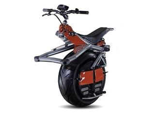 未来の一輪バイク、「Ryno」がカッコよすぎる!! 腰のひねりで自在に運転、4月から一般発売!
