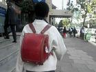 【スクープ】ケニアで日本のランドセルが流行!? 「オシャレだから」