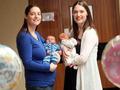 双子が同じ日に出産! 40万回に1回の奇跡、だが…