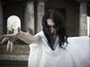 """小説家、俳優の妹…著名な女性5人が語る「私が心霊現象を信じるようになった、""""ガチ""""な心霊体験談」"""