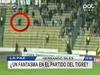 【動画】生放送中に幽霊がサッカースタジアムを爆走!! 南米で話題に!!