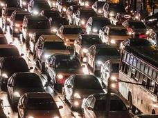 スマホアプリで意図的に渋滞を生み出せた!! 仰天実験が指摘する現代社会の死角とは!?