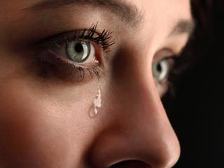 とにかく泣かせてストレス解消するサイト?  涙と一緒にストレス物質「コルチゾール」を流す!