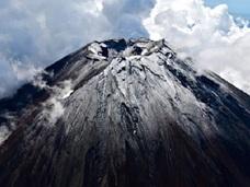 「富士山噴火」と「首都直下地震」を恐れて著名地震学者が海外脱出!!  もはや一刻の猶予も許されない!?