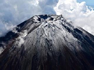 【「富士山噴火」と「首都直下地震」を恐れて著名地震学者が海外脱出!!  もはや一刻の猶予も許されない!?