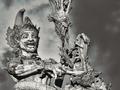 霊魂と選挙 ― 背後霊目撃談が相次ぐインドネシア新大統領の政策とは?