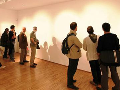 見えない絵、聞こえない曲、消された写真 — 現代アートの価値を思考する