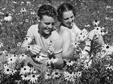 今の恋人より、昔付き合っていた人のほうが輝いて見えるのは英国人も同じだった