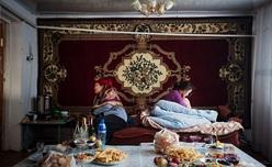 単なる男尊女卑ではない ― キルギスの誘拐結婚を追った写真家林典子に聞いた「アラ・カチュー」