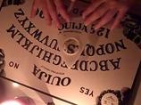 """「霊は呼べるが、除霊できぬ」カトリック司祭が警告! 西洋版コックリさん""""ウィジャボード""""人気沸騰で"""