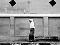 「同性愛者」「レイプされた女性」が鞭打ち!? 時代錯誤も甚だしいインドネシア「アチェ州」の条例