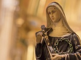 憂い純潔な聖母マリアの心 ― 性欲の赴くまま少年をレイプしたカルト教団の実態!