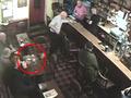 【衝撃動画】パブで幽霊がジョッキを破壊!? ゾッとする映像!!=アイルランド
