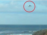 """UFO目撃のメッカ""に現れた謎の「カモメ型・三角錐UFO」=イギリス"