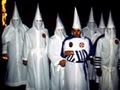 KKK最高幹部、30年ぶりに姿が確認される→南の島で黒人に囲まれて暮らしていた!