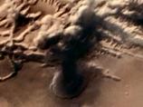 火星の文明は核戦争により滅亡したのか? 火星探査機が「キノコ雲」を撮影する