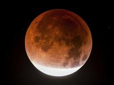 【緊急考察】4月4日に大事件が起こる!? 旧約聖書「ブラッド・ムーンの予言」