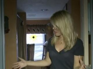 【動画】CNN取材クルー、「呪われた家」で幽霊に襲撃される!!=米・ペンシルバニア