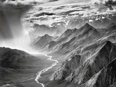 """""""神の眼""""を持つ稀代の写真家 ― セバスチャン・サルガドの足跡をドキュメンタリー映画化"""