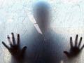 青白い男の霊がセックスの最中に……!! 記者が実際に体験した新大久保ラブホテルの怖い話
