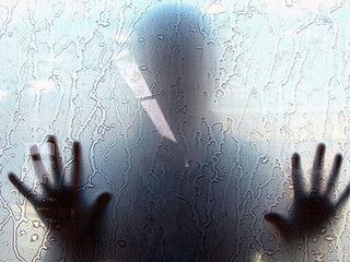 【青白い男の霊がセックスの最中に……!! 記者が実際に体験した新大久保ラブホテルの怖い話