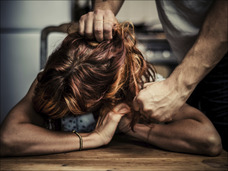 服を脱がされ、陰部を撮影される… 隠されている障害者施設の闇の一面!!