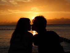 なぜ人はキスをするのか? 実はあまりにも残念な「キスの目的」