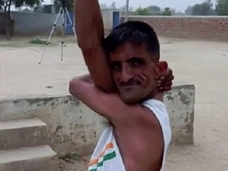 【人体の驚異】実在するゴム人間「ラバーマン」 ― 努力で究極の体を得た男