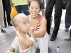 """""""人身売買大国""""中国で、生後間もない赤ん坊が質草にされ、約15万円で転売!"""