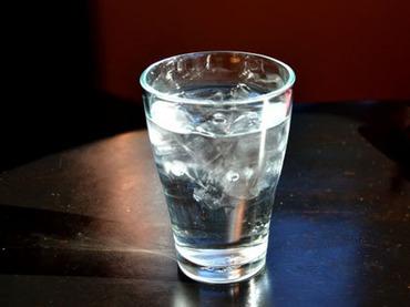 """団地の貯水タンクから男性の遺体!? 現地人も飲めない、中国""""キケンすぎる""""水事情"""