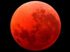 【悲報】9月28日に地球滅亡!! ネット中を駆け巡る「ブラッド・ムーンの預言」