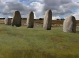 「第2のストーンヘンジ」が発見される! 地下に眠る巨石群の謎=イギリス
