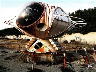 """消えた大阪の海底住居・ガラテの謎 ― 20世紀の人類が思い描いた""""幻の近未来""""を訪ねて"""