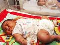 """「産まれついてのデブ」インド最大の赤ちゃん誕生に""""角界入り""""を期待する声"""