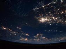 実は地球に優しいエコ先進国・北朝鮮は、光すら飲み込むブラックホールだった!?