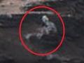 マーズ・ローバーは見た! 火星を徘徊するエイリアンの姿!!