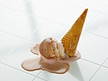 「落とした食べ物の5秒ルール」はウソだった!? 実験で判明した、驚愕の真実