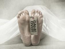 「人間の死臭」はアノ動物に似ている ― 科学的に解明された腐乱臭の謎