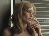"""""""反日疑惑""""のアンジェリーナ・ジョリー、乳房切除後の裸体披露に、日本からは「誰も頼んでない」と低評価"""