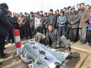 【遺体を掘り起こして販売する窃盗団まで! 死んだ恋人と永遠の愛を誓う、中国の不思議風習「冥婚」とは