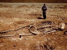 巨人は火星からやって来た人類の祖先だった!? 世界各地に残る巨人の痕跡!!
