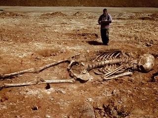 【巨人は火星からやって来た人類の祖先だった!? 世界各地に残る巨人の痕跡!!