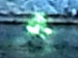"""水の上を走る謎の宇宙人、""""グリーンマン""""が激写される=テキサス"""