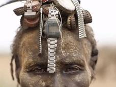 アフリカ「ダサネッチ族」のゴミを利用したファッションがバカカッコイイ!