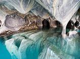 ドデカい真っ白な結晶が至るところに突き刺さる!! 絶対入ってみたい世界の洞窟5選
