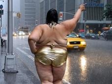 醜さと芸術性は比例する!? 総重量○トン、世界の太りすぎた女5人!