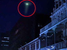 【衝撃】UFOか、ワームホールか!? 緑色の光線を放つ円盤出現、現地パニック!!=南アフリカ
